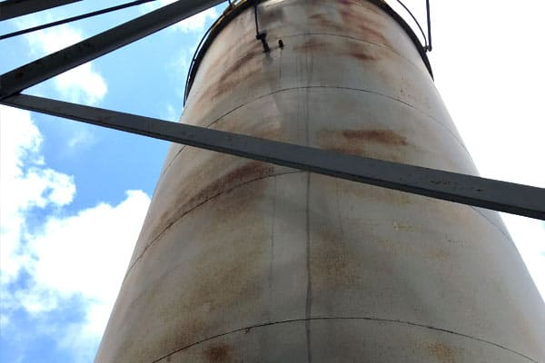 corroded tank